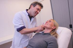 Dokter Meulenaar met patient